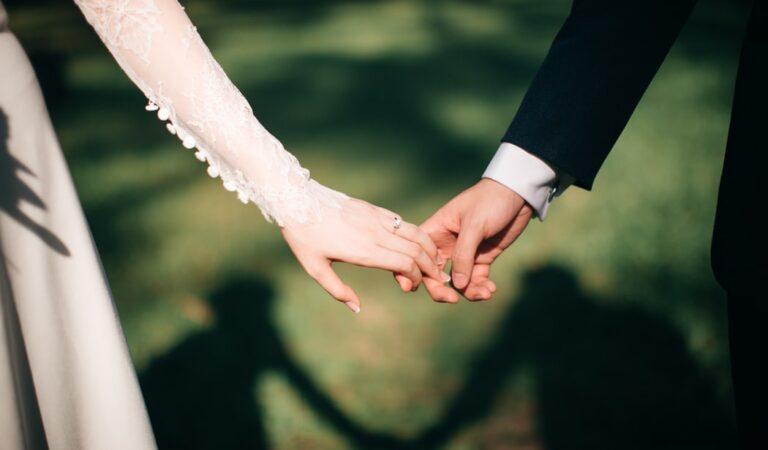 Aku Lebih Memilih Terlambat Menikah Daripada Salah Pilih Pasangan
